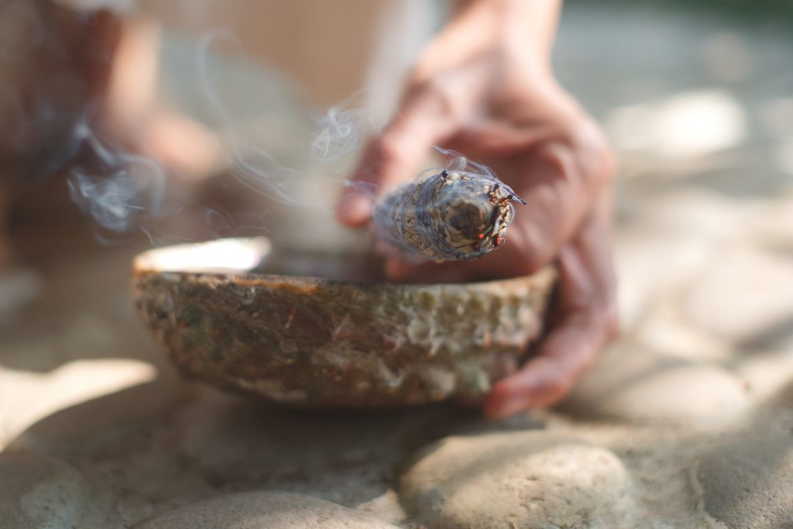 Smudging and the healing powers